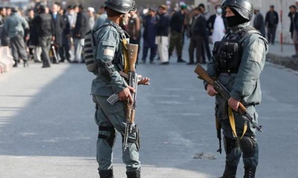 Afganistan'da camiye bombalı saldırı: Çok sayıda ölü var