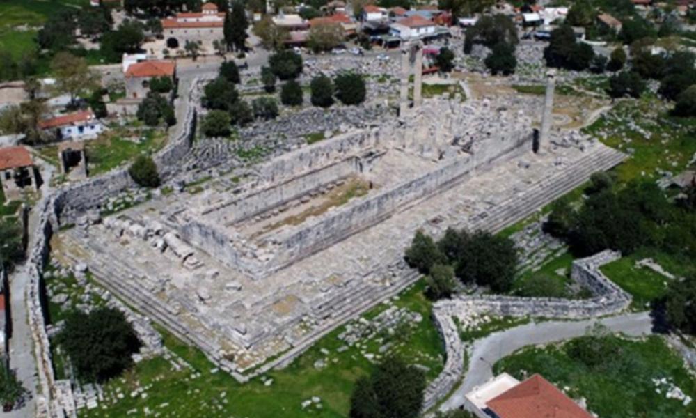Apollon Tapınağı sulara gömülüyor