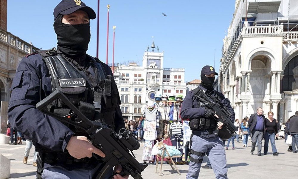 İtalya'da rehine krizi