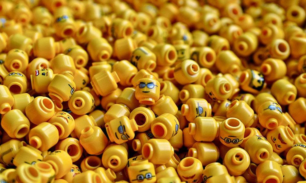 Doktorlar dışkılama testi için lego yuttular!