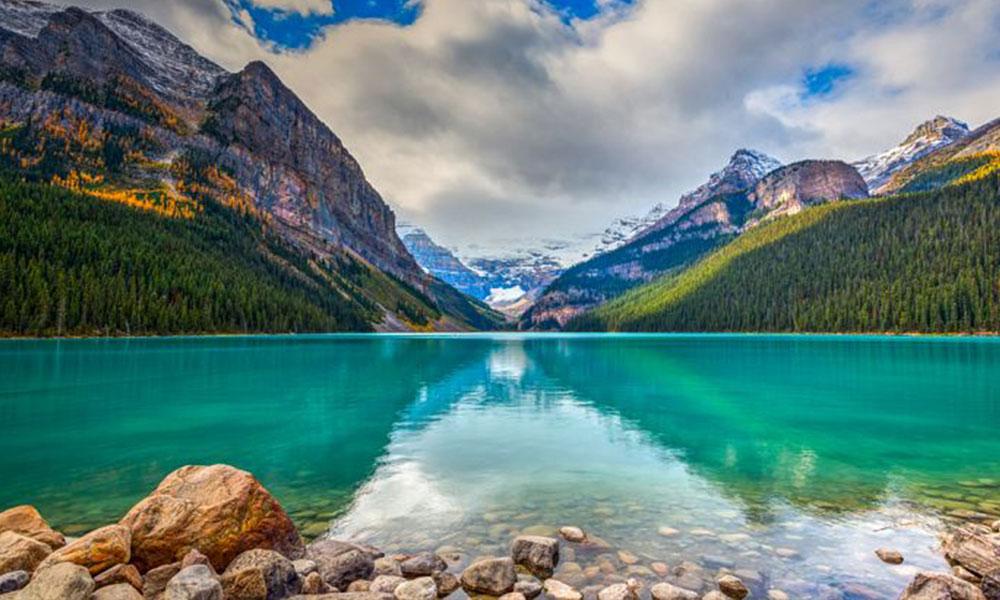 Kanada Louise Gölü