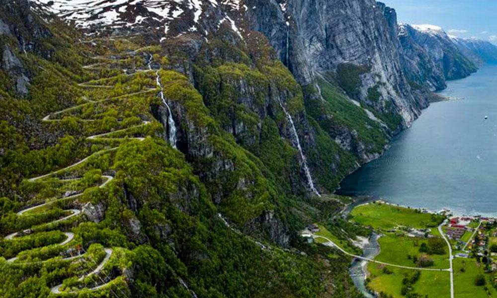 Dünyanın en güzel yolu: Lysevegen