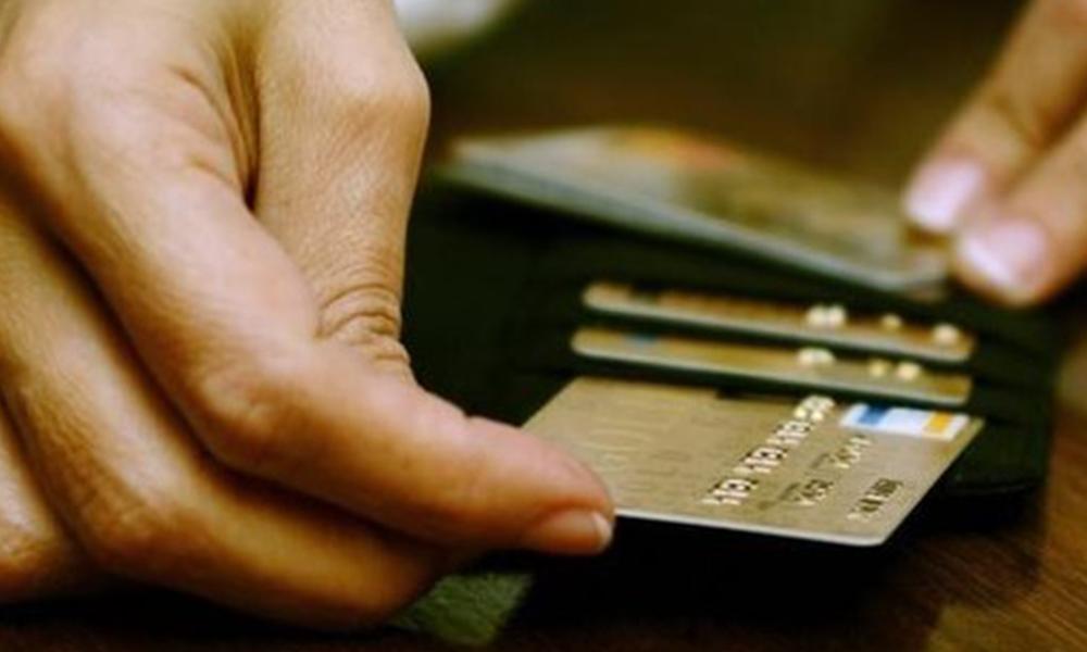 BDDK'nın kredi kartı taksit düzenlemesi yürürlüğe girdi
