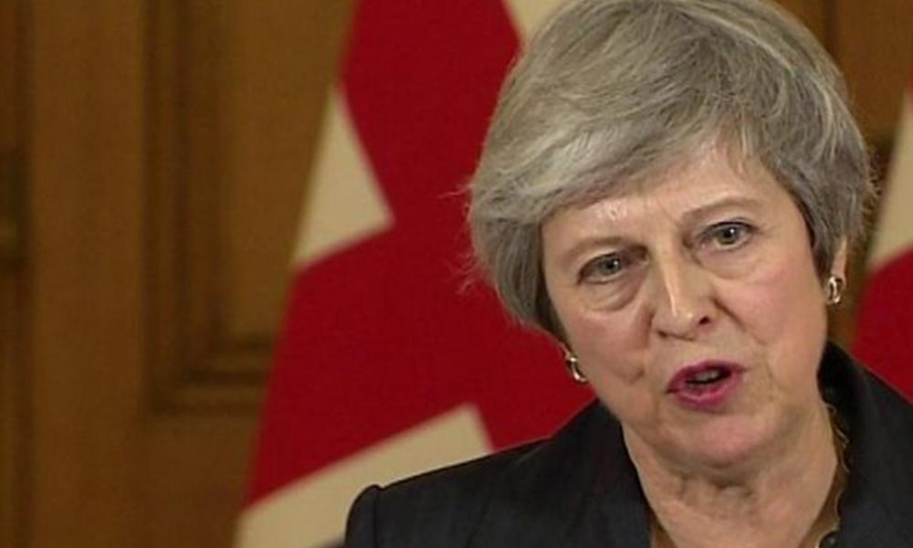 Başbakan May: İngiltere'nin AB'den ayrılacağı tarihi verdi