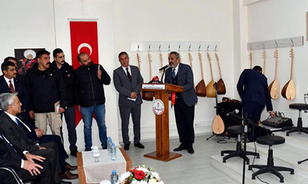 Milli Eğitim Bakanlığı, Yavuz Bingöl'den 84 bin bağlama alacak