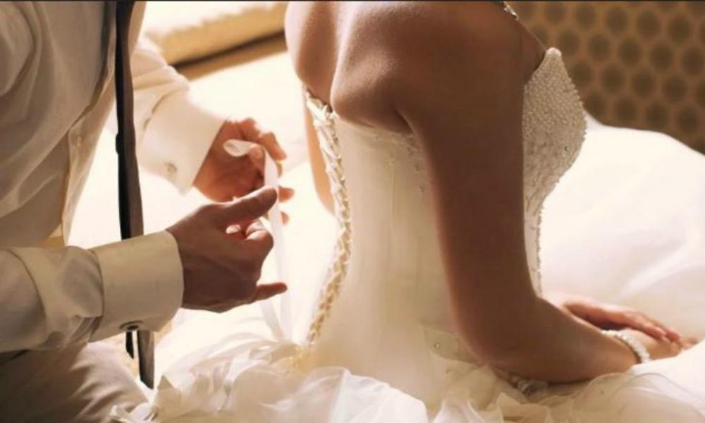 Yeni evli çifte 'yatak' şoku: Şikayetçi oldular