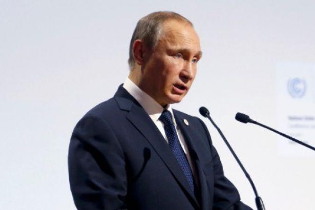 """Putin: Güney Avrupa, Yunanistan üzerinden Türk Akımı""""na bağlanabilir"""