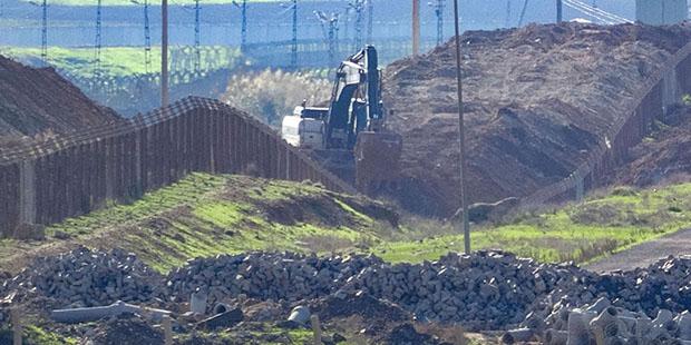 Ceylanpınar sınırında hendek kazısı başlatıldı