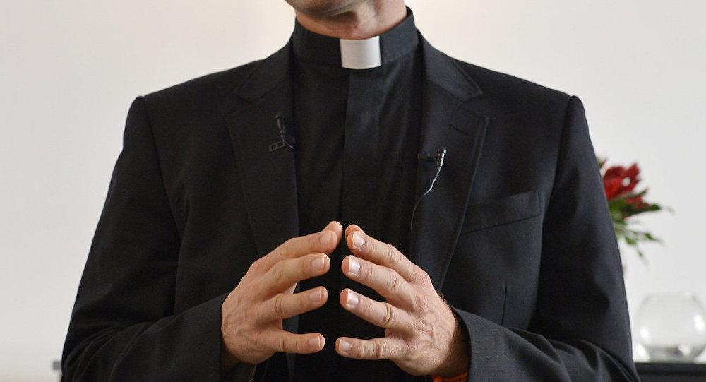 18 yıllık sahte papaz ortaya çıktı