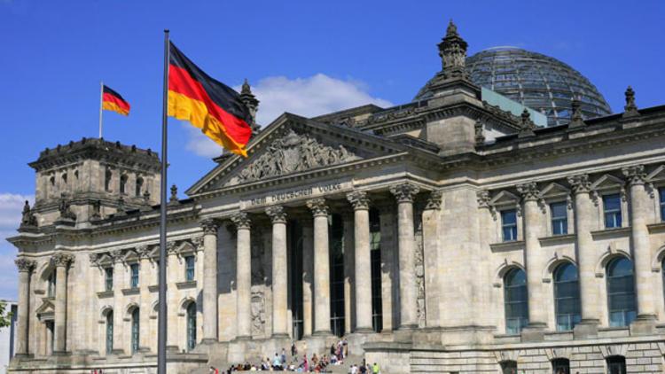 Alman meclisi raporu: Türkiye, Suriye'de işgalci