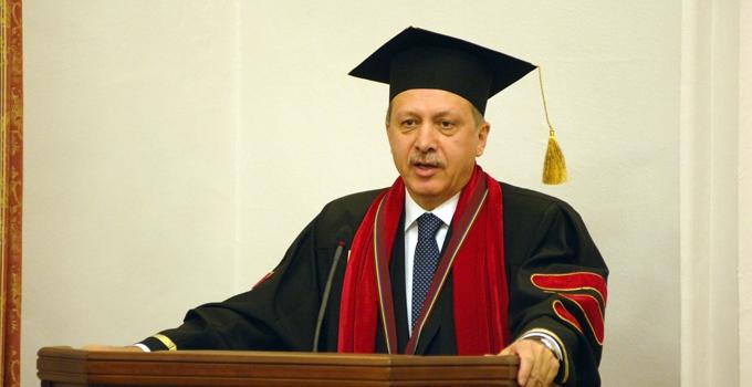 AKP'ye eleştirilerin yer aldığı makale 'bilim dışı' sayıldı