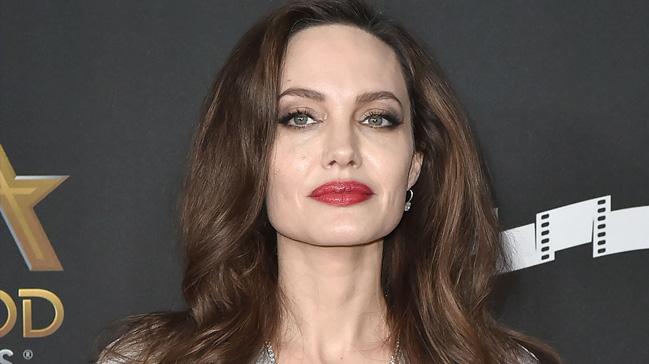 Angelina Jolie'den 'siyaset' sinyali