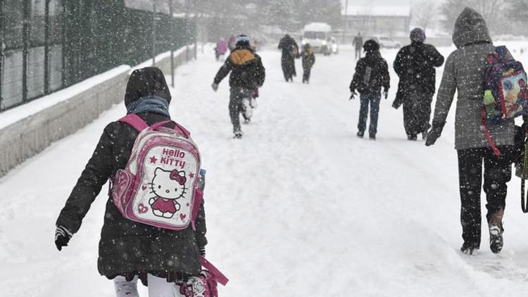 Ankara ve 9 ilde okullara kar tatili