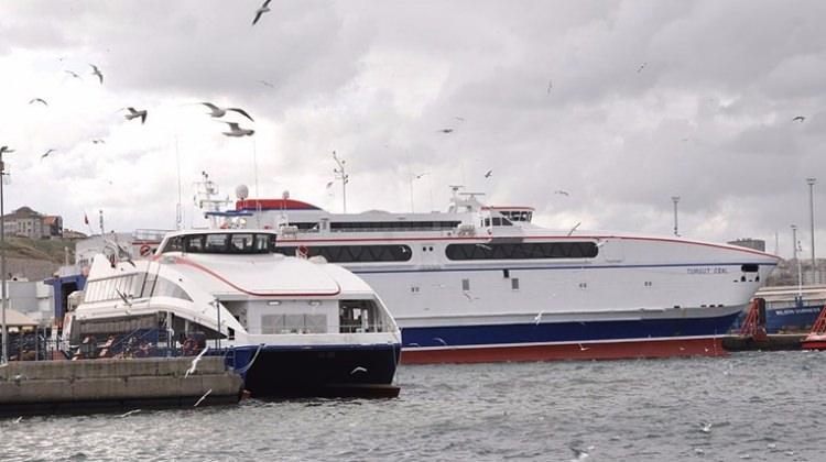 Deniz ulaşımına fırtına engeli: BUDO ve İDO'da bazı seferler iptal edildi