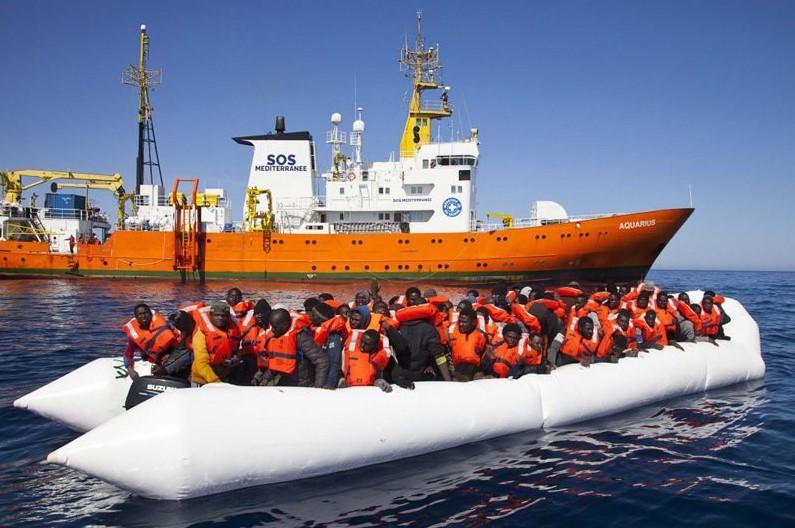 Faşizm kurtarmıyor, öldürüyor! Geminin çalışması durduruldu göçmenler ölüme terk ediliyor