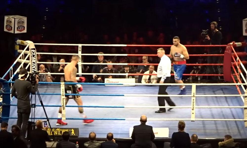 Dünya boks tarihine geçen maç: İki boksör kafa kafaya…