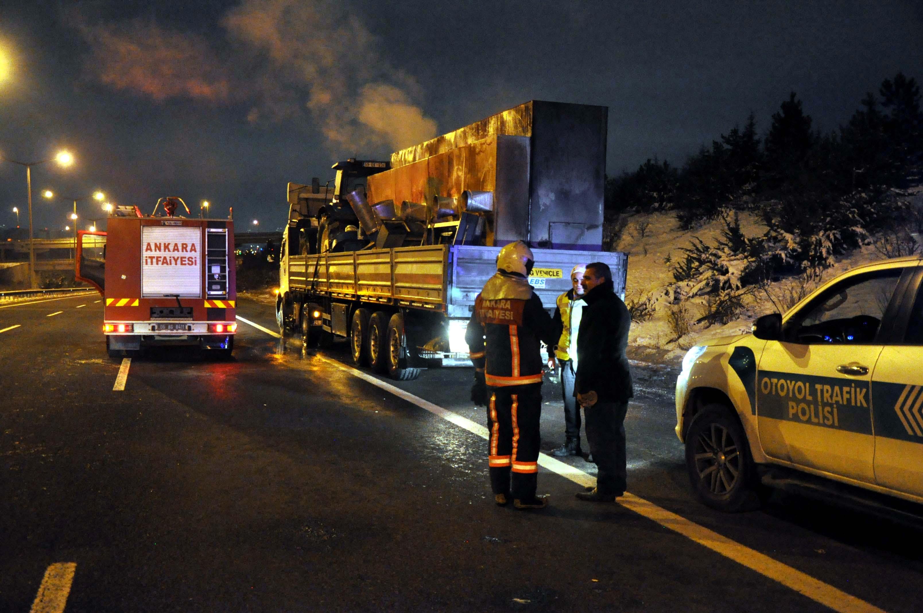 Ankara'da TIR yangını