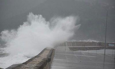 Meteoroloji Marmara ve Ege Bölgesi'ni uyardı: Fırtına geliyor!