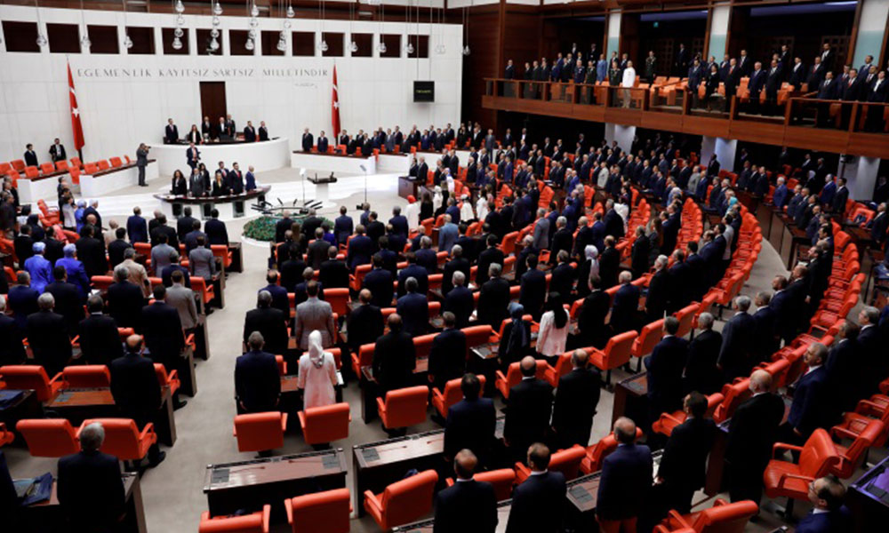 HDP'den 71 maddelik torba yasa teklifine muhalefet şerhi