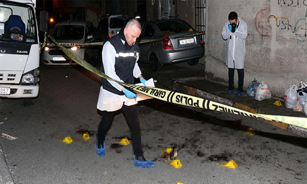 Kızını döven damadını sokak ortasında öldürdü