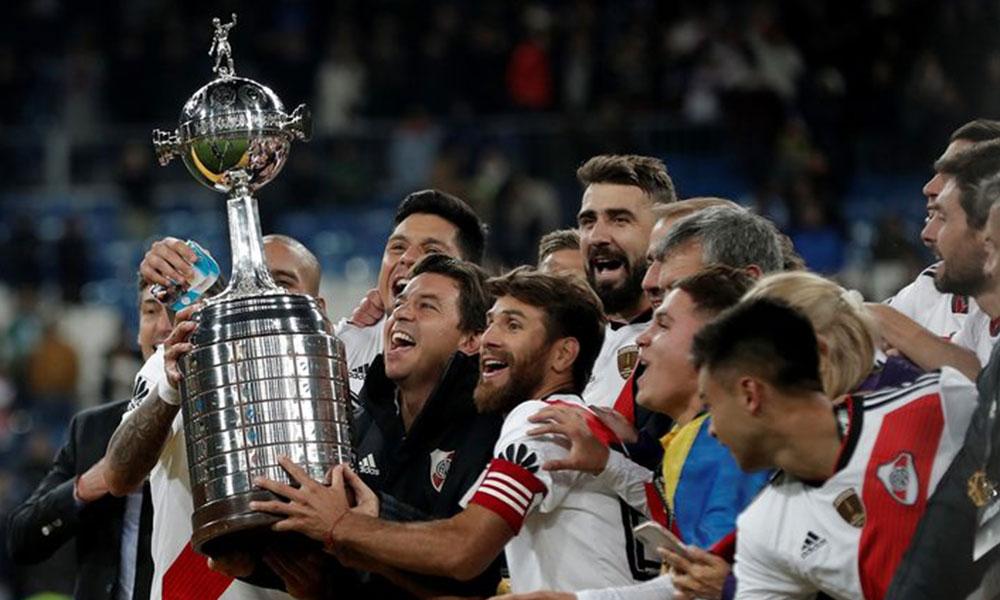 River Plate, tarihi derbide geri döndü, kupayı aldı