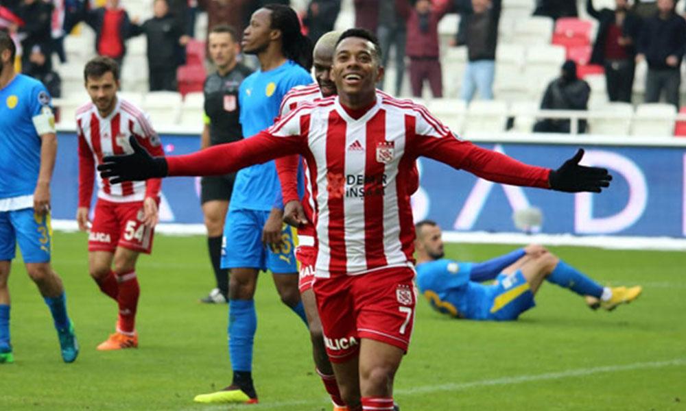 Sivasspor'dan Robinho açıklaması: Teklif aldık