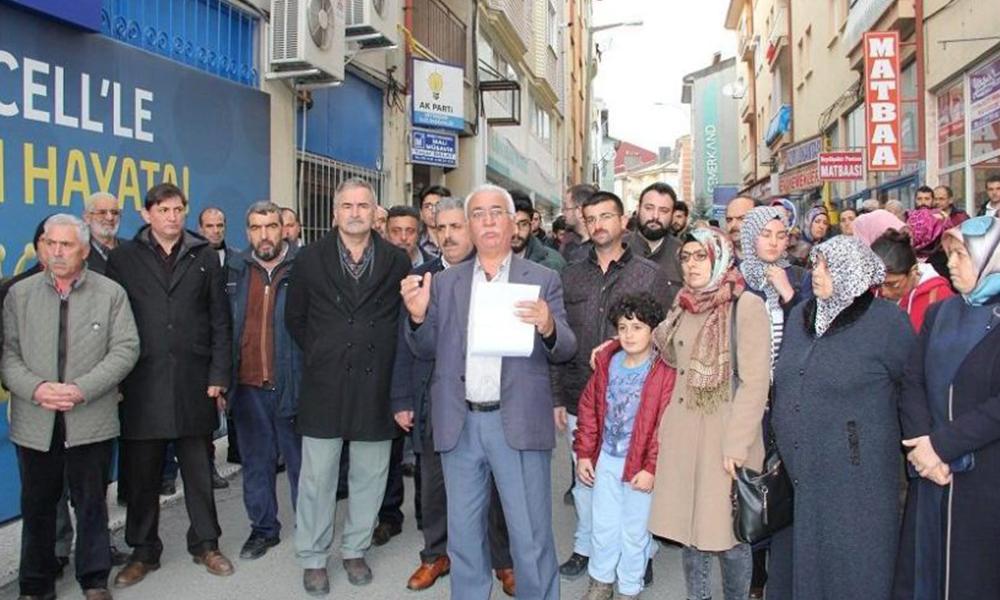AKP'de isyan eden ilçe teşkilatı görevden alındı