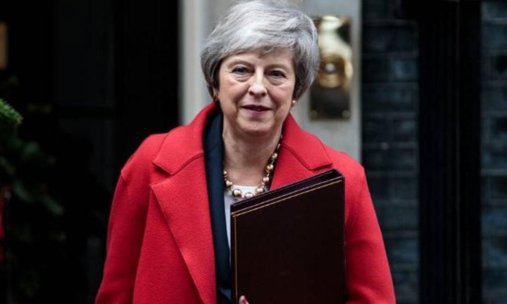 İngiltere Başbakanı May görevden alınacak mı?