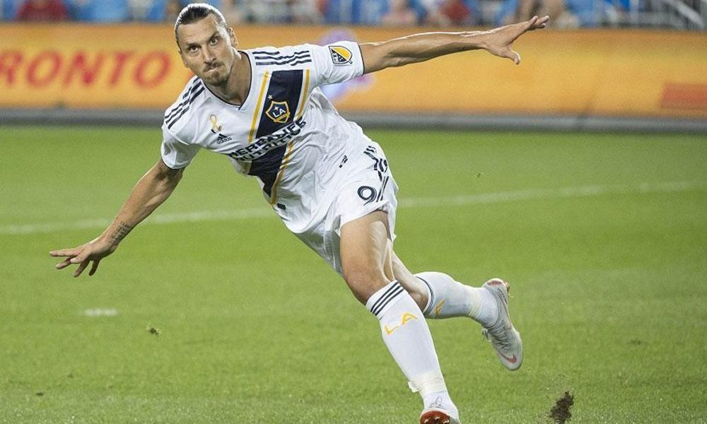 37 yaşındaki Zlatan, bir yıl daha Los Angeles Galaxy'de