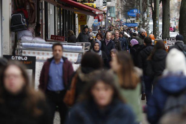 Almanya Türkiye'den iltica başvurularının yarısına olumlu yanıt verdi