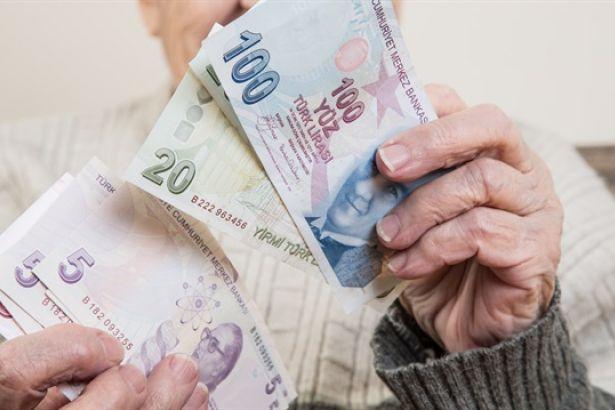 Bakan açıkladı… Emekli zammı fark ödemelerinin tarihi belli oldu!