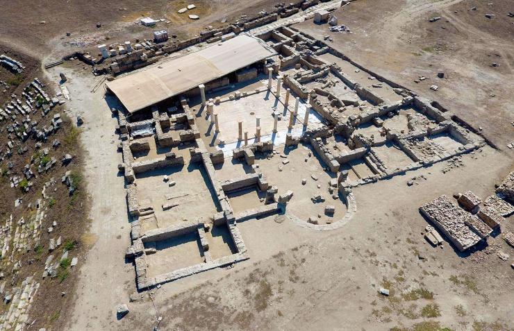 Laodikya Antik Kenti'nde yapılan kazı 2200 yıllık bilinmeyeni ortaya çıkardı