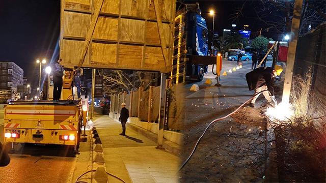 Kadıköy Belediyesi'nin ilan panolarına gece yarısı operasyon!