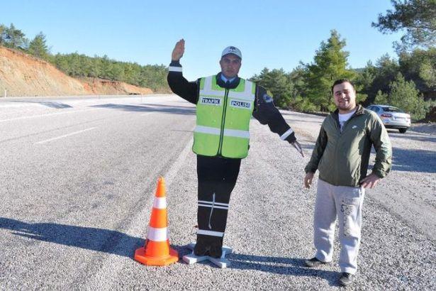 Soylu açıkladı: Maket trafik polisleri geliyor