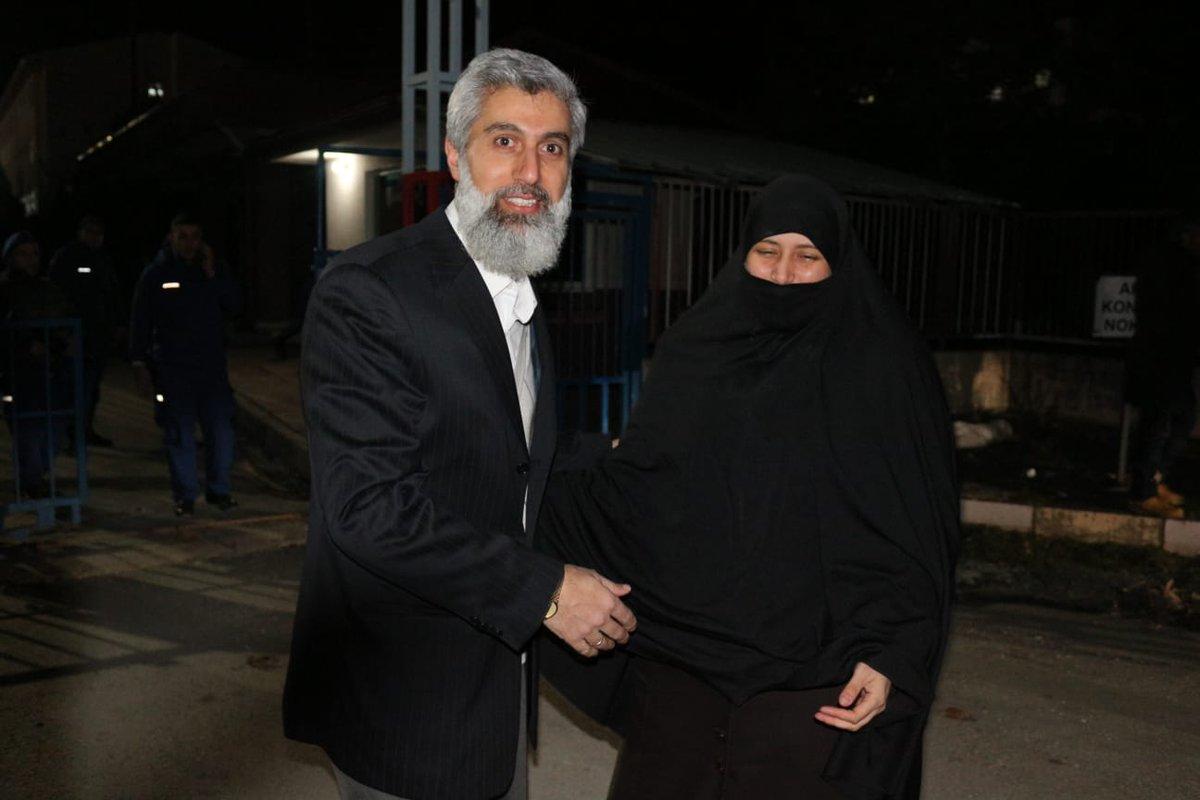 Alparslan Kuytul'un eşi gözaltına alındı!