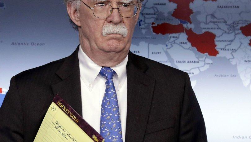 John Bolton'un elinde tuttuğu not tartışma yarattı