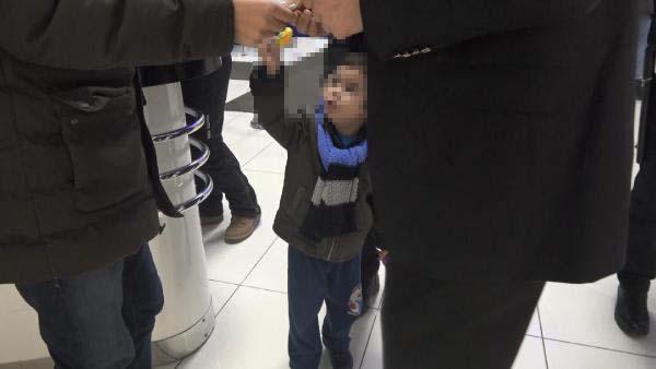 3 yaşındaki çocuğu annesi terk etti: En acı not!