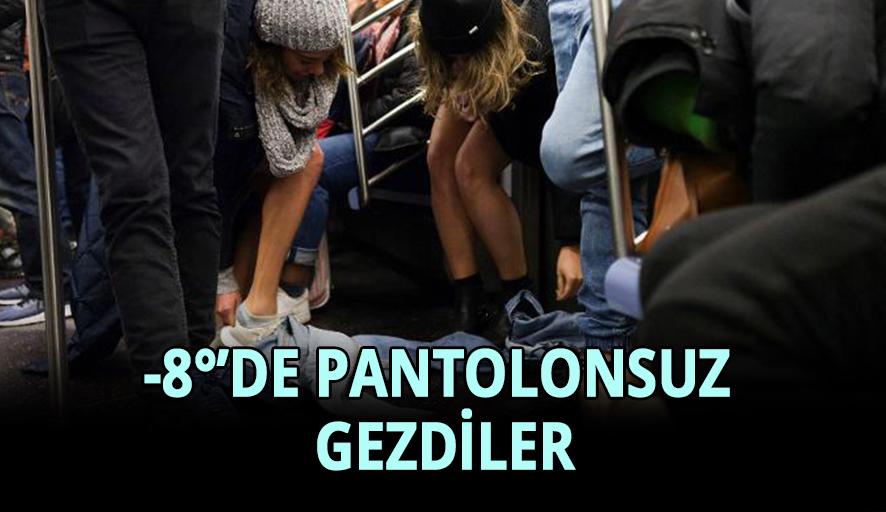 Metroda bir anda pantolonlarını çıkarmaya başladılar
