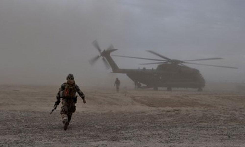 Taliban, Afganistan'da askeri kampa saldırdı: 126 ölü