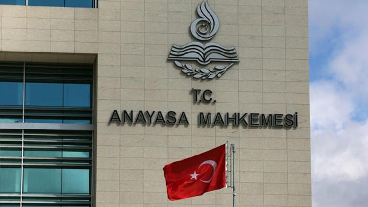 AYM'den 6 siyasi parti hakkında suç duyurusu