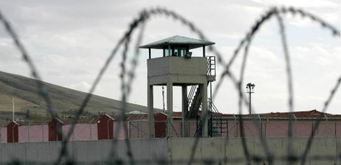 Cezaevindeki FETÖ sanığına gönderilen bellekten Gülen videosu çıktı