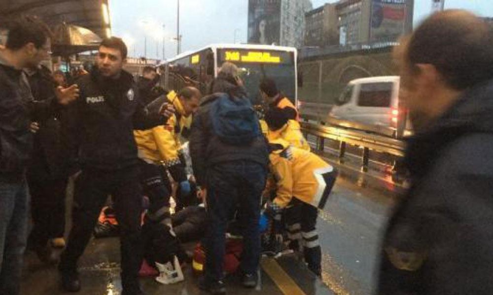 Metrobüs'ün çarptığı yolcudan kötü haber