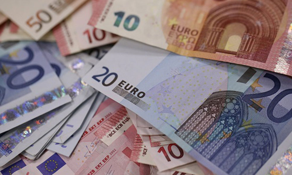 'Euro Bölgesi küçülecek'
