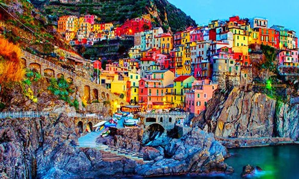 İtalya'nın en güzel beldesinde 1 euro'ya satılık evler