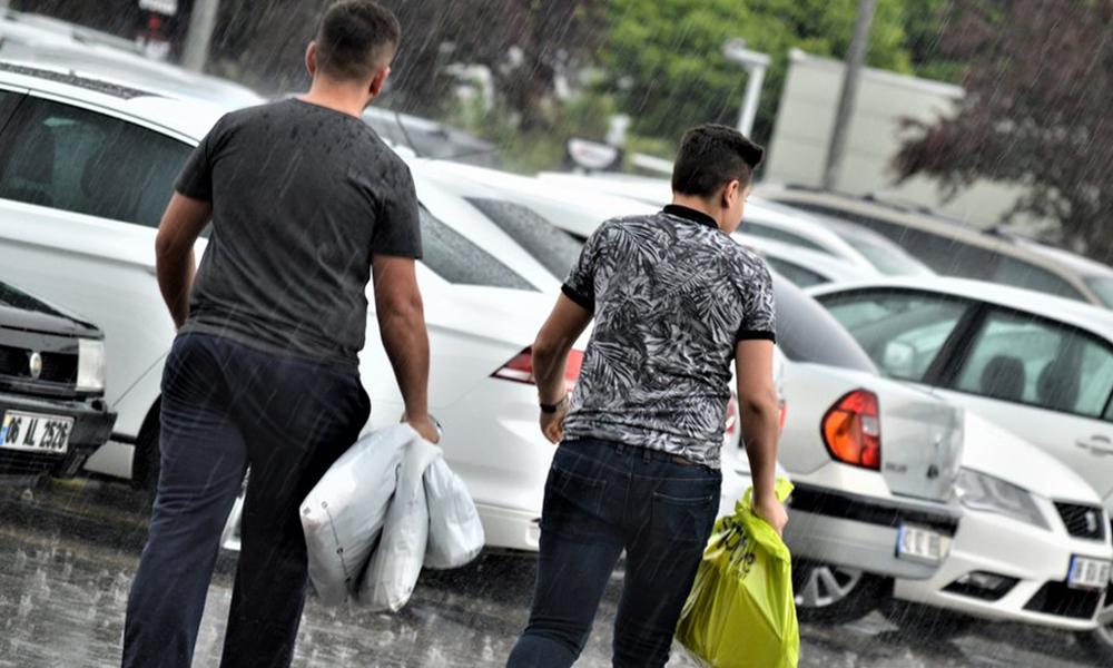 Ücretli plastik poşetleri iade edip parasını geri almak mümkün mü?