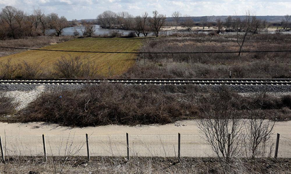 Yunanistan'ın Türkiye sınırında 'fotoğraf' gözaltısı