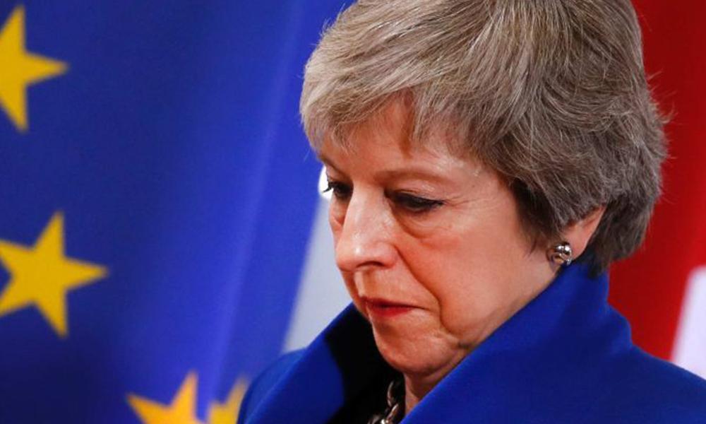 Theresa May'den tarihi hezimet sonrası açıklama: 29 Mart'ta ayrılıyoruz