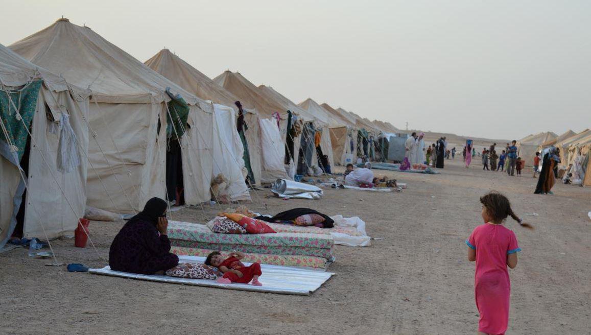 Mülteci kampında Suriyeli bir kadın kendini yaktı