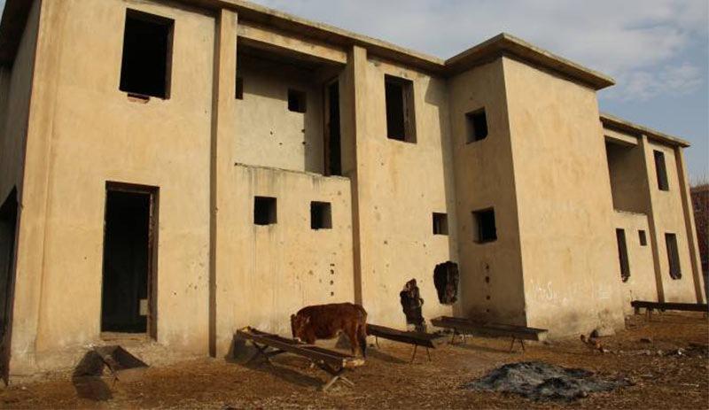 2 bin nüfuslu köyde ödeneği kesilen sağlık ocağı, ahır oldu
