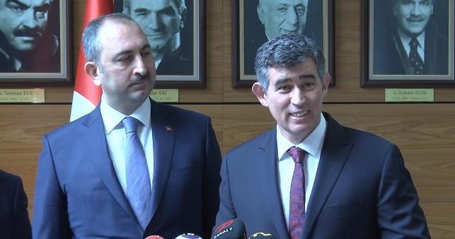 Feyzioğlu'ndan 'tepkilere' Adalet Bakanı Gül ile ortak cevap